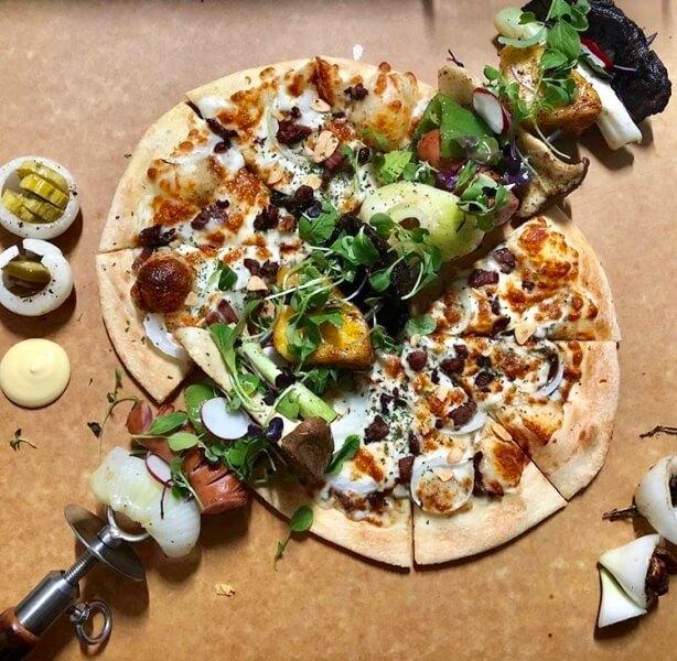 チェジュ島のピザPizzaJKのバーベキューピザ