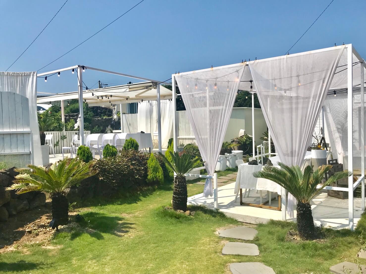 チェジュ島(済州島)のキムニョンビーチの近くのカフェ