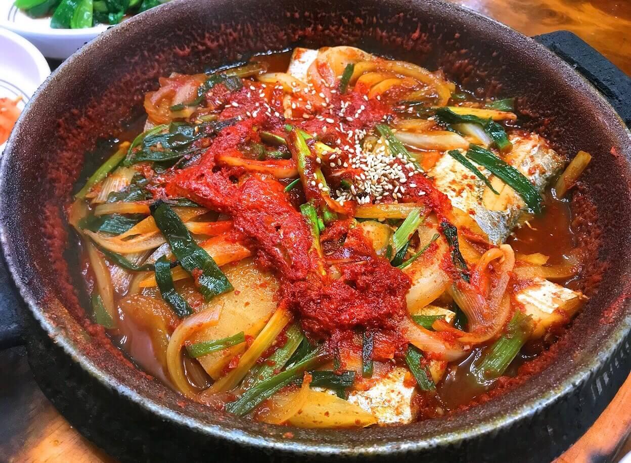 韓国・チェジュ島の太刀魚(タチウオ)