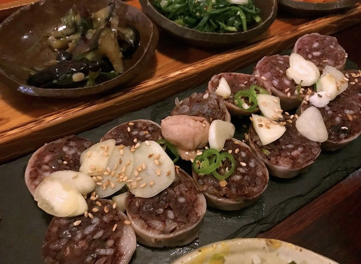 旧チェジュの韓国料理屋産のスンデ