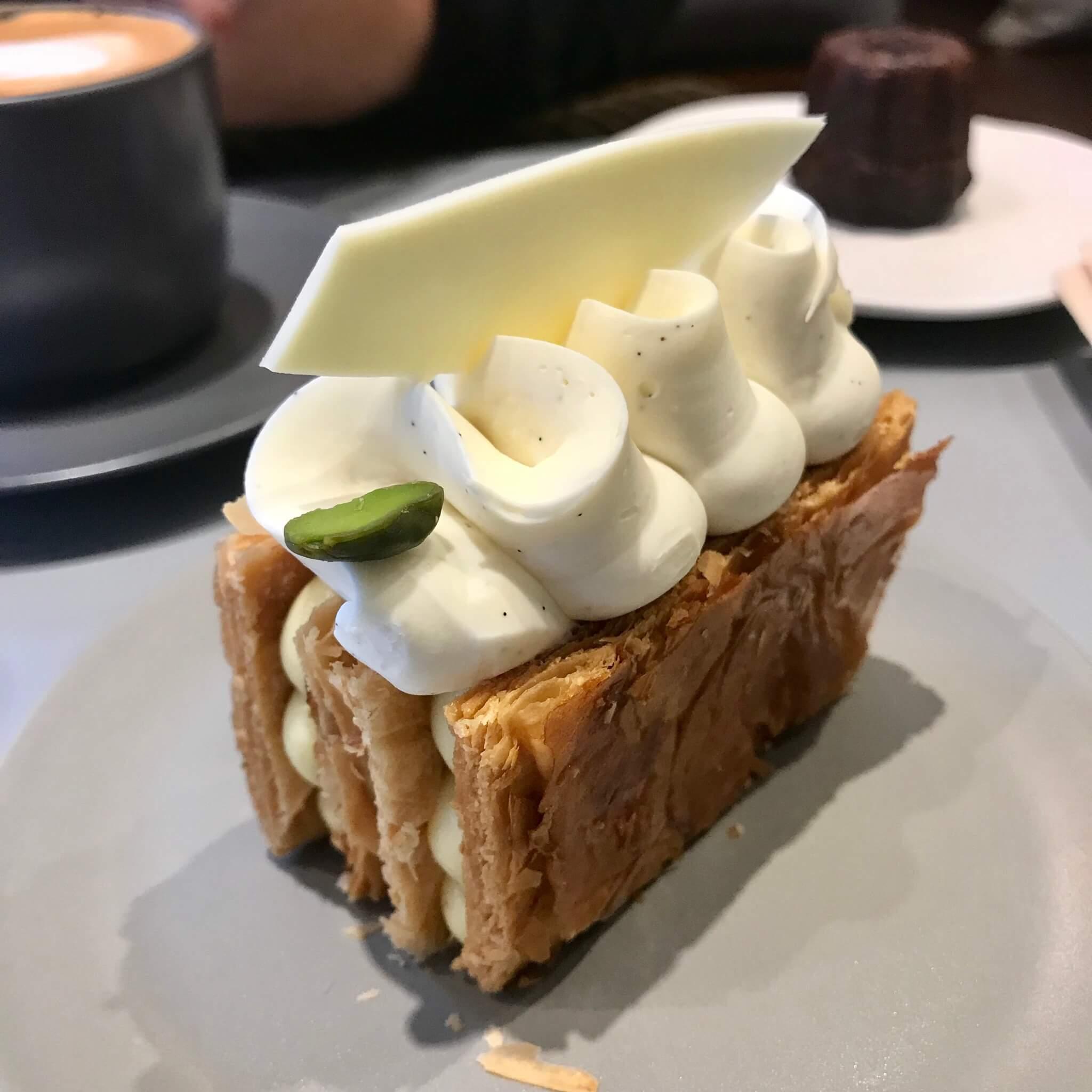 チェジュ島人気のカフェモアンのミルフィーユ