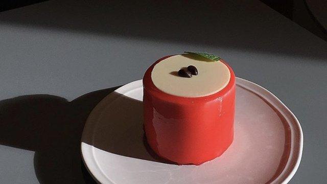 チェジュ島人気のカフェモアンのりんごケーキ