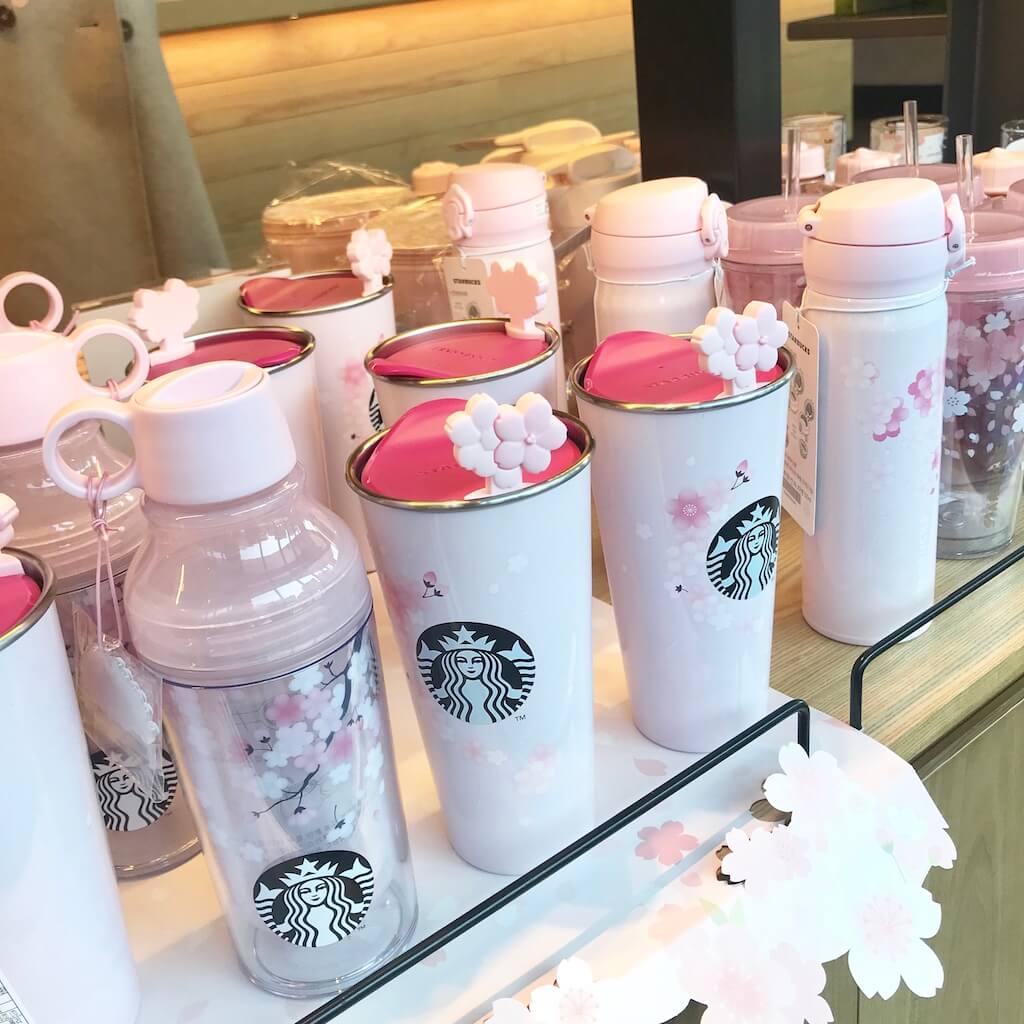 韓国スタバ限定のピンクの桜タンブラー